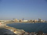 Пустиня, море и багери бързащи да построят нови хотели