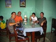 Илиян, Лес, момата и аз в местно заведениe. Евтино и с вкусна храна